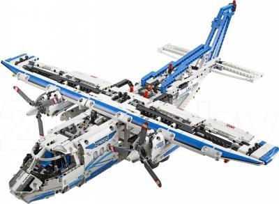 Конструктор Lego Technic Грузовой самолет (42025) - общий вид