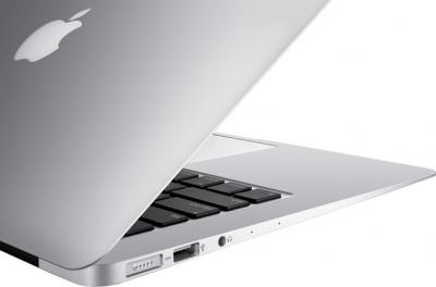 "Ноутбук Apple Macbook Air 13"" (MD760 CTO) (Intel Core i7, 8GB, 128GB) - вид сзади"