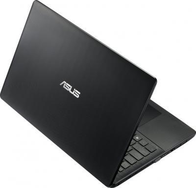 Ноутбук Asus X552EA-SX205D - вид сзади