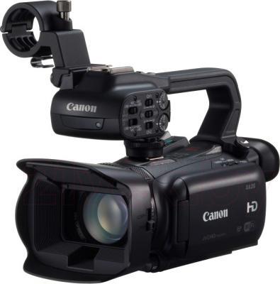 Видеокамера Canon XA25 - общий вид