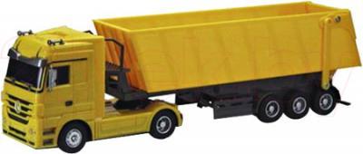 Радиоуправляемая игрушка Rui Chuang Самосвал Mercedes Benz Actros QY1101С (желтый) - общий вид