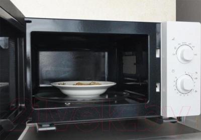 Микроволновая печь Samsung ME81ARW/BW - открытый вид