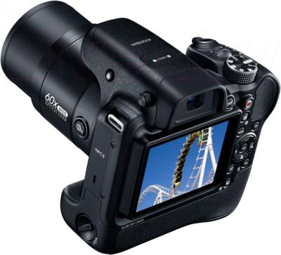 Компактный фотоаппарат Samsung WB2200 (Black) - общий вид
