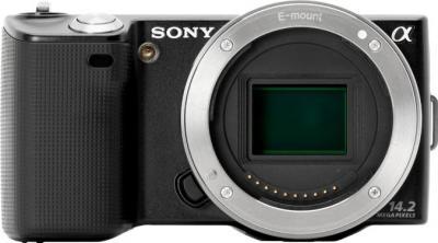 Беззеркальный фотоаппарат Sony Alpha NEX-5D - вид спереди
