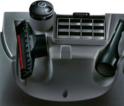 Пылесос Bosch BSG62185 - хранение дополнительных насадок