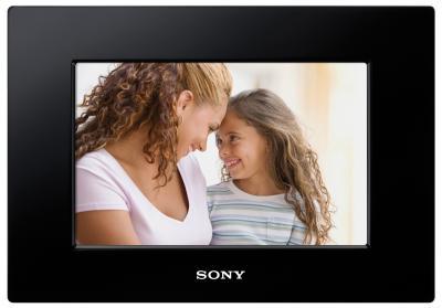 Цифровая фоторамка Sony DPF-A710 - общий вид