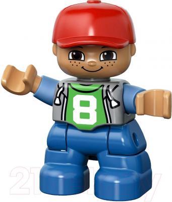 Конструктор Lego Duplo Школьный автобус (10528) - минифигурка