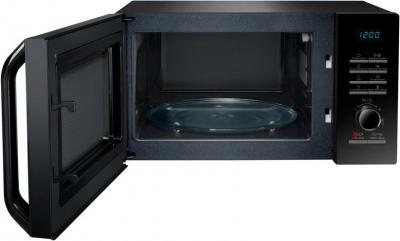 Микроволновая печь Samsung MS23H3115FK/BW - общий вид с открытой дверцей