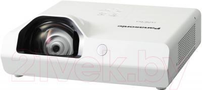Проектор Panasonic PT-TX310E - общий вид