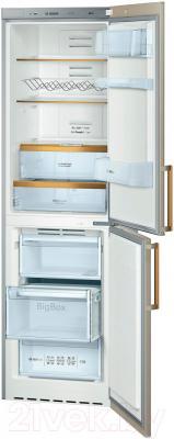 Холодильник с морозильником Bosch KGN39AV17R - внутренний вид