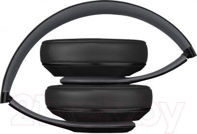 Наушники-гарнитура Beats Studio Over-Ear Headphones / MH792ZM/A (черный) - в сложенном виде