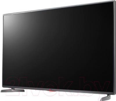 Телевизор LG 32LB565V - вполоборота