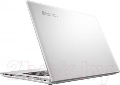 Ноутбук Lenovo Z50-70 (59421897) - вид сзади