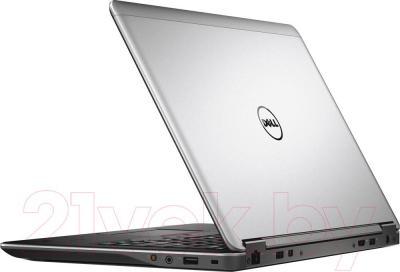 Ноутбук Dell Latitude E7440 P40G (CA014LE74406EM) - вид сзади