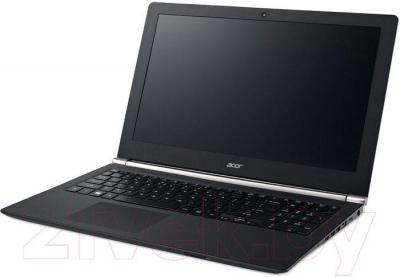 Ноутбук Acer Aspire VN7-571G-52TE (NX.MRVEU.010) - вполоборота