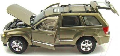 Масштабная модель автомобиля Maisto Джип Гранд Чероки (31119) - общий вид