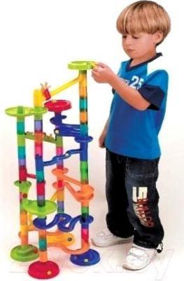 Конструктор PlayGo Конструктор-лабиринт Марбл (9315) - ребенок с игрушкой