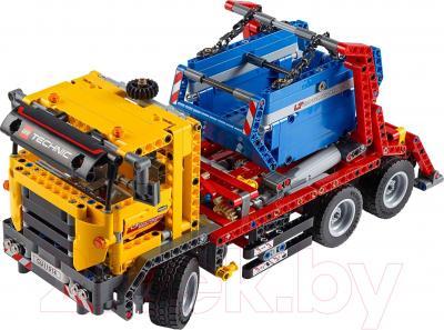 Конструктор Lego Technic Контейнеровоз (42024) - общий вид