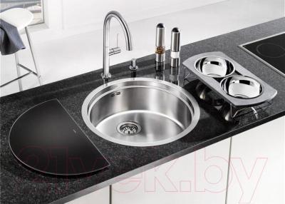 Мойка кухонная Blanco Ronis U (515920) - в интерьере