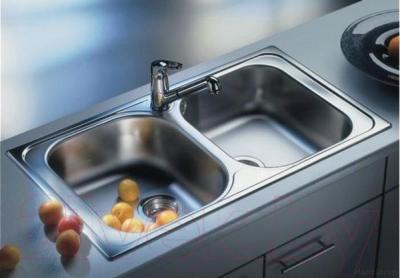 Мойка кухонная Blanco Tipo 8 Compact (518636) - в интерьере