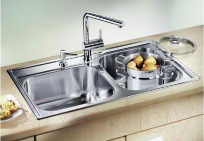 Мойка кухонная Blanco Median 9 (512658) - в интерьере