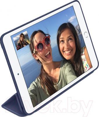 Чехол для планшета Apple iPad mini Smart Case MGMW2ZM/A (темно-синий) - пример использования