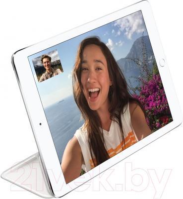 Чехол для планшета Apple iPad Air Smart Cover MGTN2ZM/A (белый) - пример использования