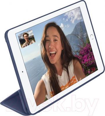 Чехол для планшета Apple iPad Air 2 Smart Case MGTT2ZM/A (темно-синий) - пример использования