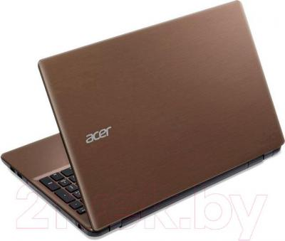 Ноутбук Acer Aspire E5-511-C8ZD (NX.MPNEU.010) - вид сзади