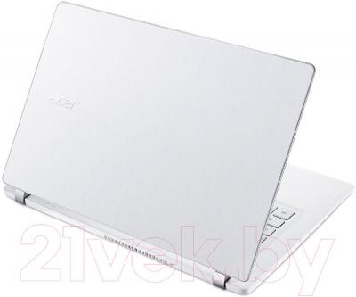 Ноутбук Acer Aspire V3-331-P3BC (NX.MPHEU.004) - вид сзади
