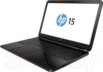 Ноутбук HP 15-r043er (J1W80EA) - вполоборота