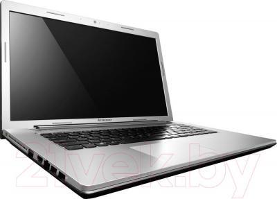 Ноутбук Lenovo Z710 (59434060) - вполоборота