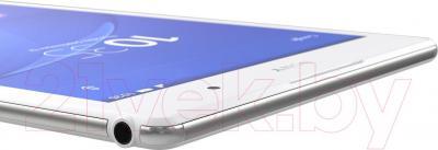 Планшет Sony Xperia Tablet Z3 16GB (SGP621RU/W) - разъем для наушников