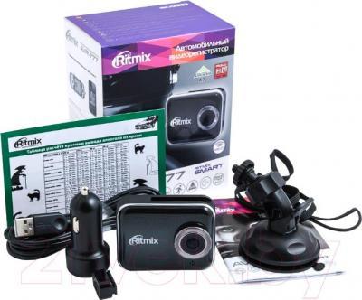 Автомобильный видеорегистратор Ritmix AVR-777 - комплектация