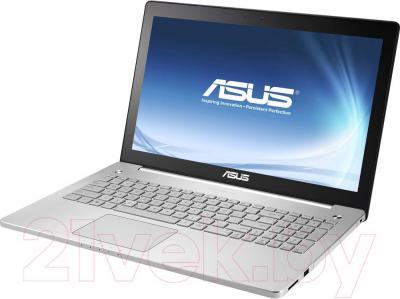 Ноутбук Asus N550JK-CN338H - вполоборота